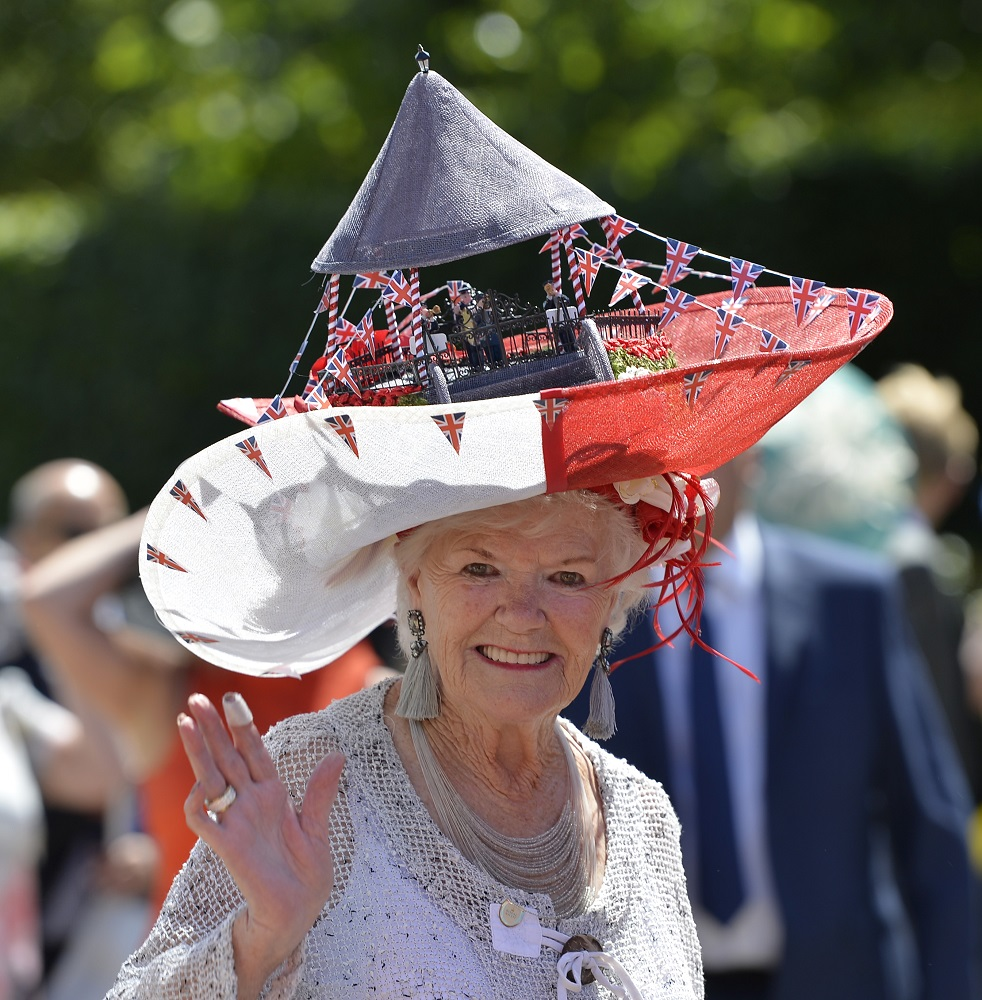 Best dressed at Royal Ascot on Ladies Day  8d4b1123dd1d