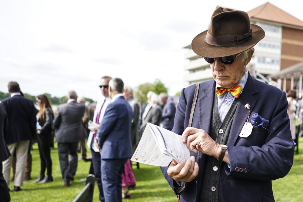 Ascot punters hope blue is the colour of Queen's hat