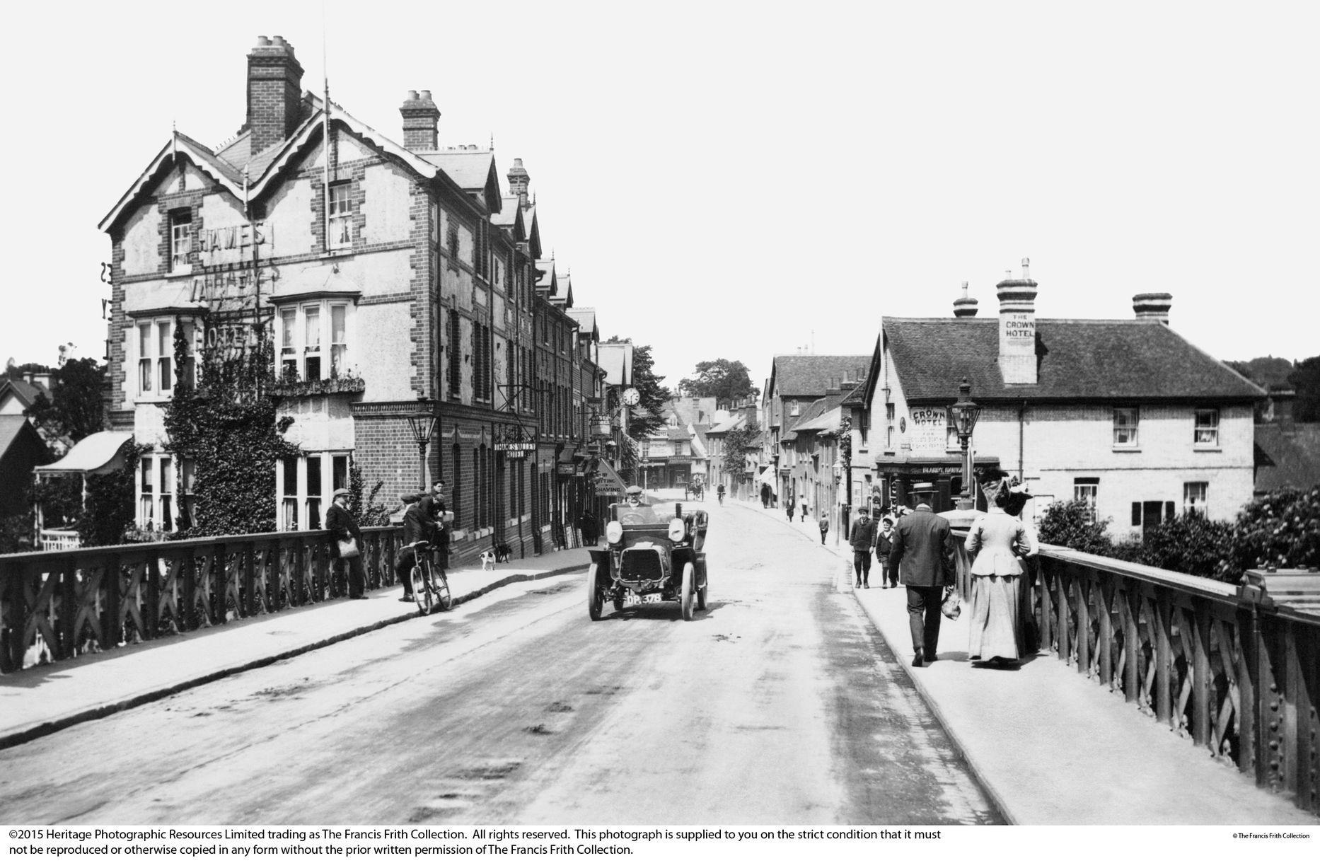 59962-Caversham-Bridge-Street-1908