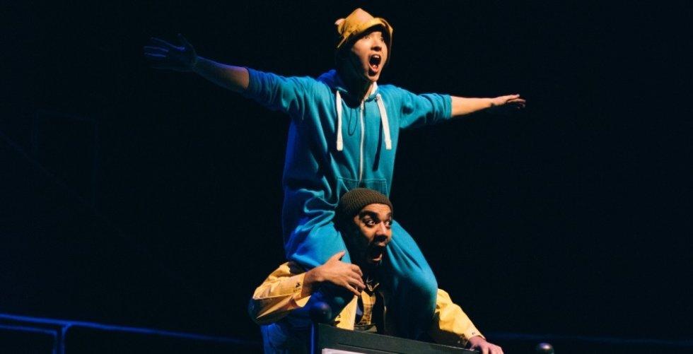 WTMS-Photo-Luke-Evans-Dancers-Kai-Tomioka-and-Louis-Parker-Evans-3CRAFT