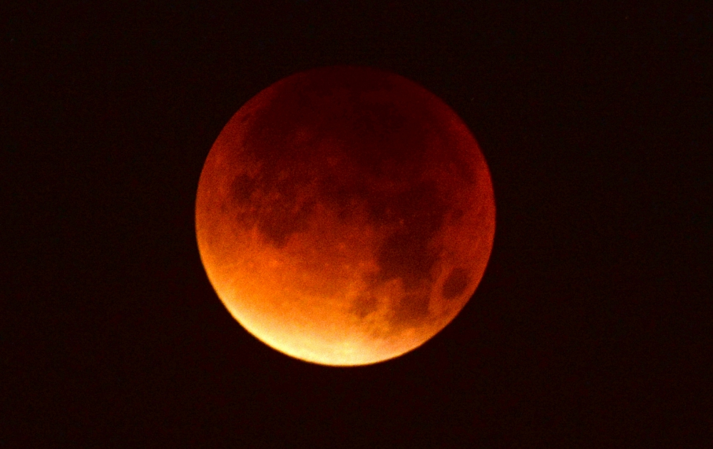 blood-moon-_110718