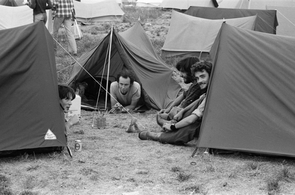 tents-at-reading-fest-1976-_250718