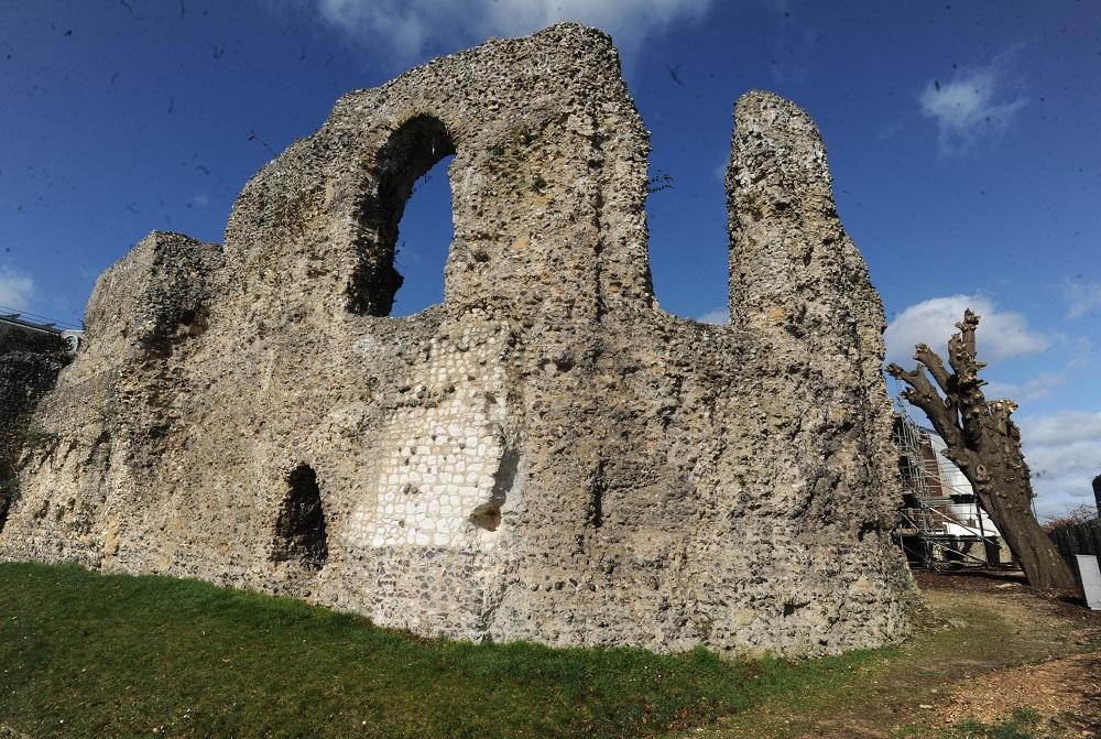 Abbey-Ruins-_200218