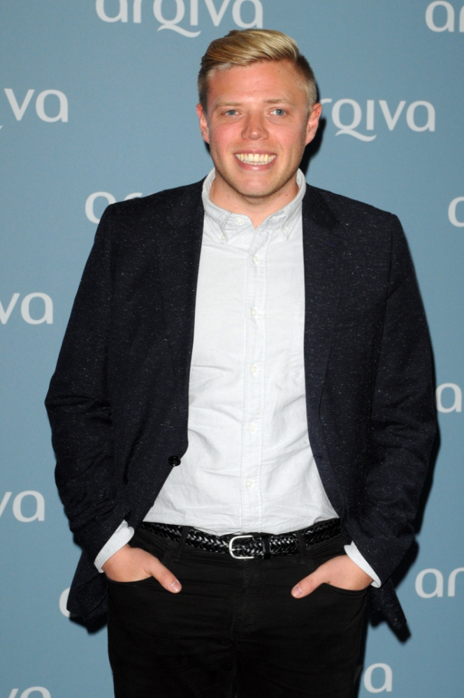 Heading Rob Beckett Reading Comedian To Getreading qSw61ZxpWO