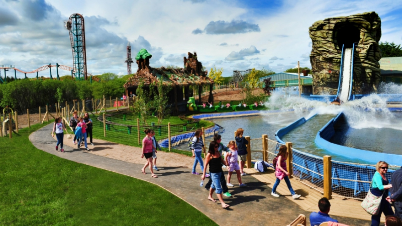 Oakwood-Theme-Park-_070818-
