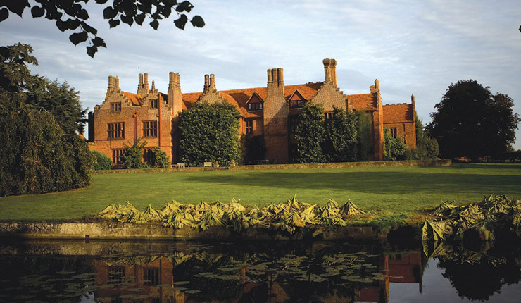 Days-out-in-Essex-for-children-with-special-needs-or-disabilities-ingatestone-hall