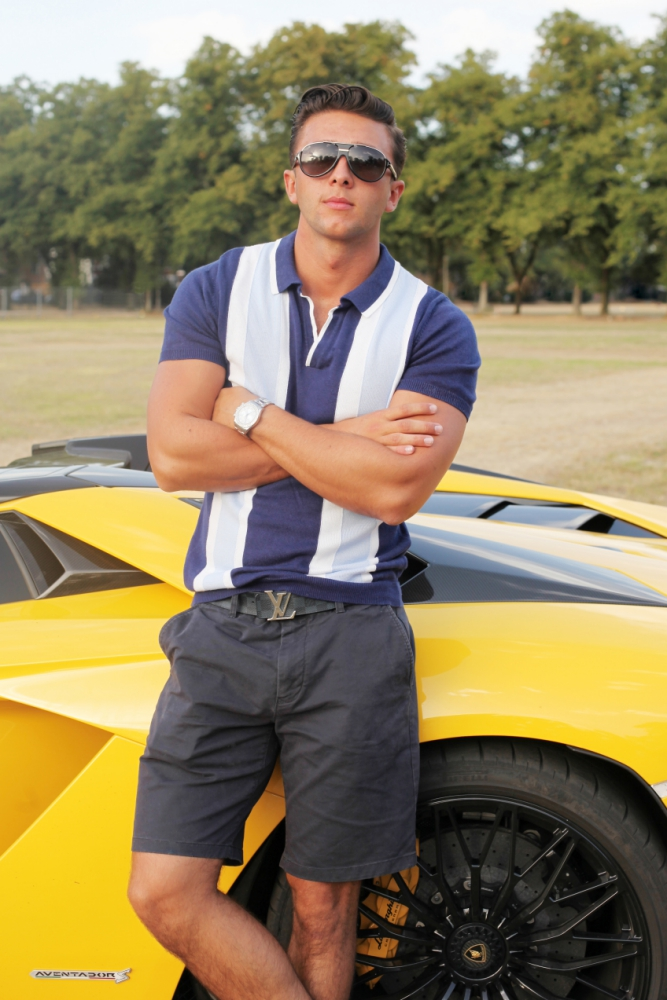Who Is Henry Simmons From Absolutely Ascot Inyourarea