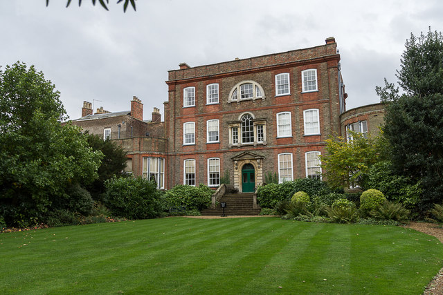 Top-nine-places-to-visit-on-Heritage-Open-Day-2018-peckover-hosue-1