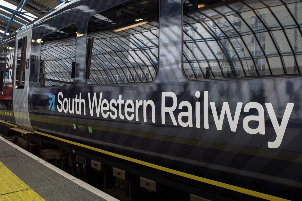 South Western Railway workers in 48-hour strike