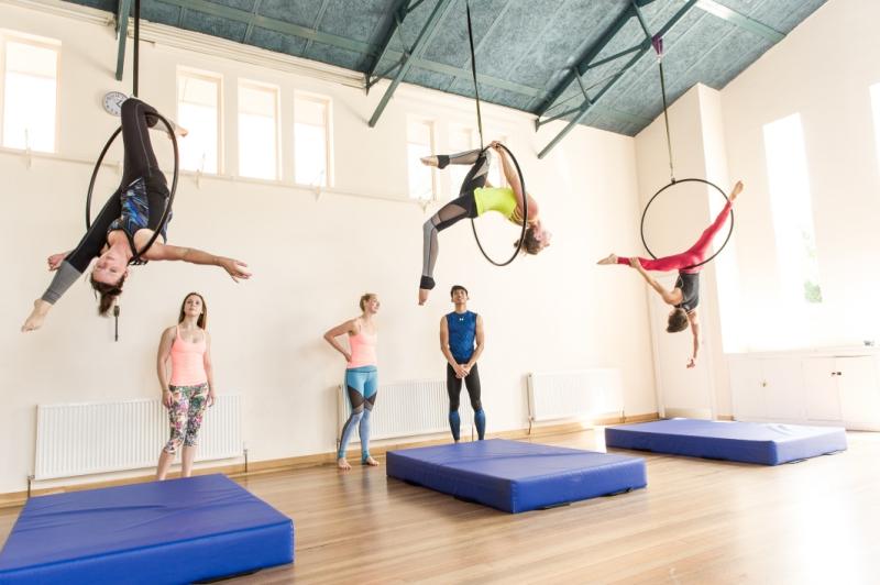 circus-themed-classes--_-The-Wharf5