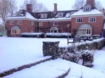 Get-festive-this-Christmas-at-Luckley-House-School-in-Wokingham-_-3