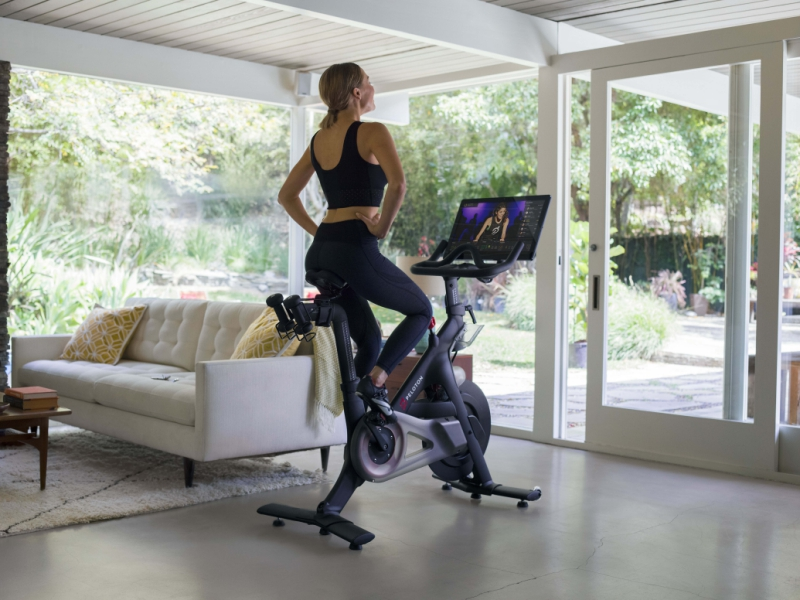 How-Peloton-brings-live-spin-classes-into-its-customers--homes-_-The-Wharf17