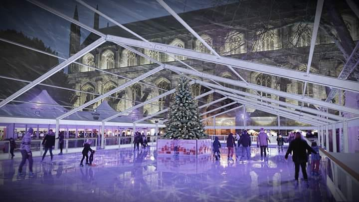 The-best-sheltered-outdoor-Ice-Skating-rinks-you-can-visit-in-the-UK-_-2