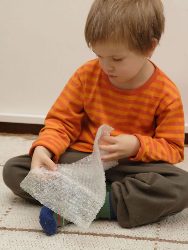 Did-you-know-today-is-Bubble-Wrap-Appreciation-Day-2