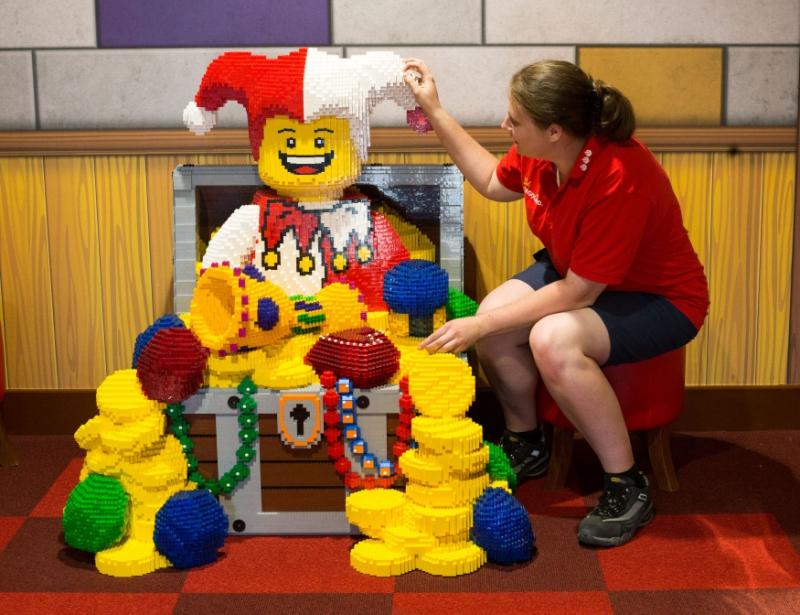 300 permanent jobs on offer at Legoland Windsor   getreading