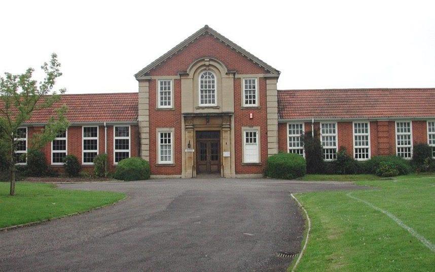 Top-10-UK-Grammar-Schools---According-to-GCSE-League-Tables-Kendricks-Girls-grammar-school-reading