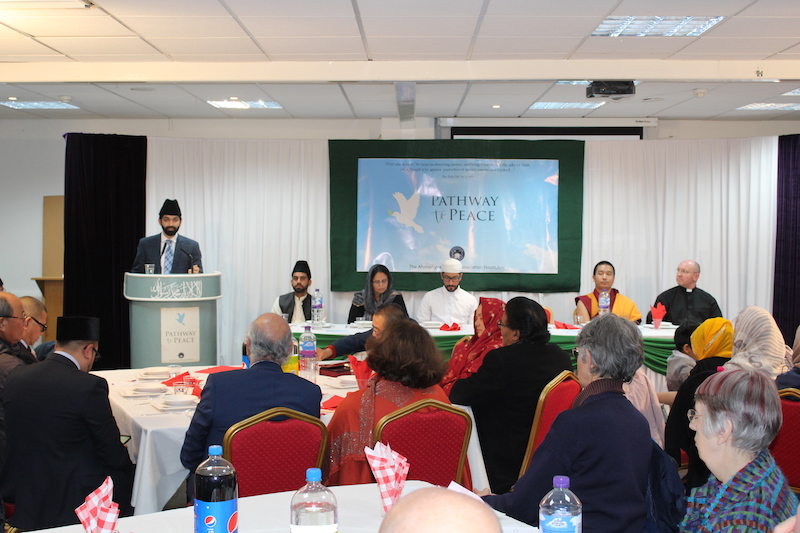 Faith-leaders-come-together-in-Feltham-to-promote-peace3