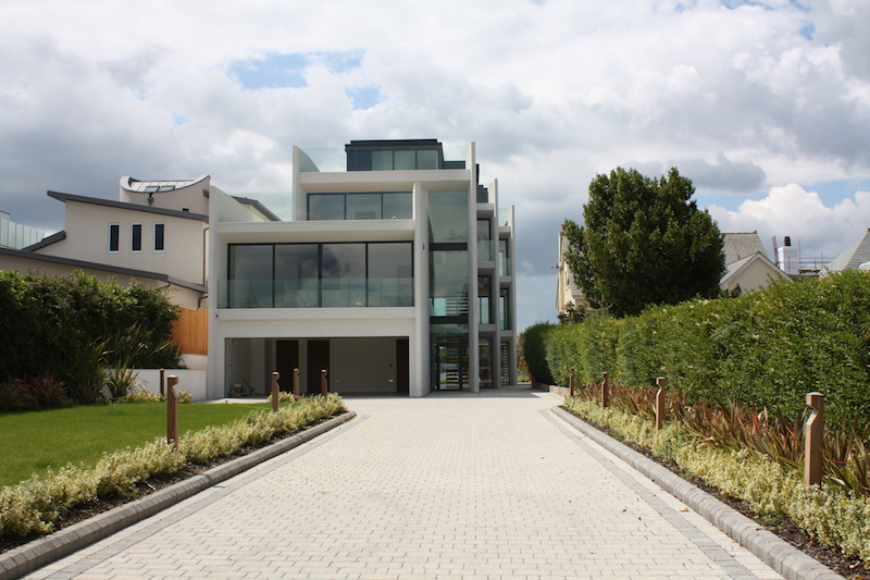 10-Most-Expensive-Homes-Being-Sold-in-The-South-West-in-March-2019-pearce-avenue2
