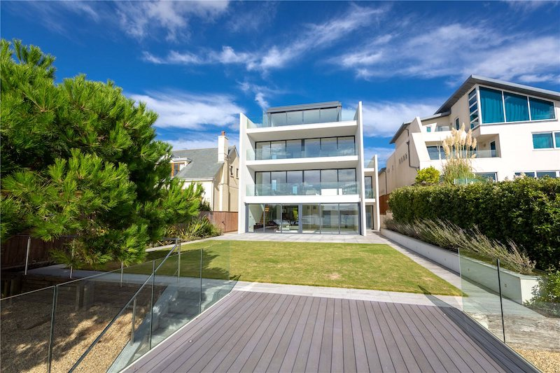 10-Most-Expensive-Homes-Being-Sold-in-The-South-West-in-March-2019-pearce-avenue3