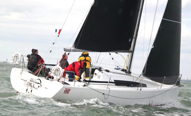 Local-champions-recognised-at-RYA-Sailability-Awards2