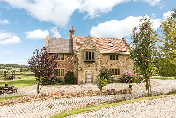 The-10-Most-Expensive-Homes-Being-Sold-in-The-North-East-this-month-mole-hill-farm