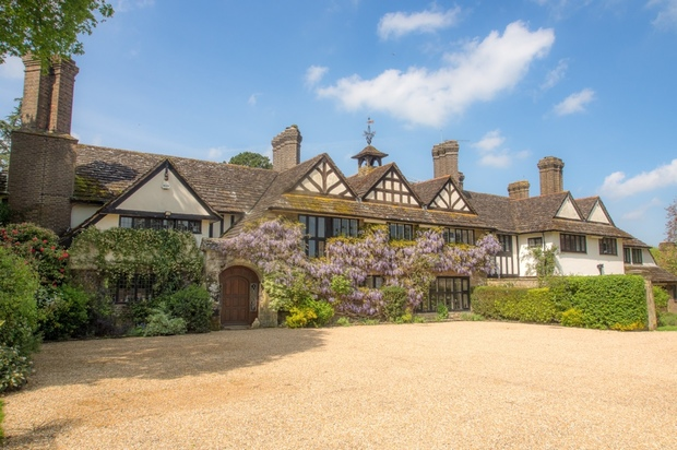 The-10-Most-Expensive-Homes-Being-Sold-in-The-South-East-coolham-road