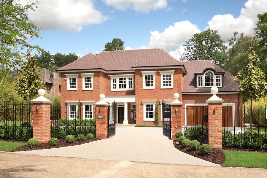 The-10-Most-Expensive-Homes-Being-Sold-in-The-South-East-llanvair-drive