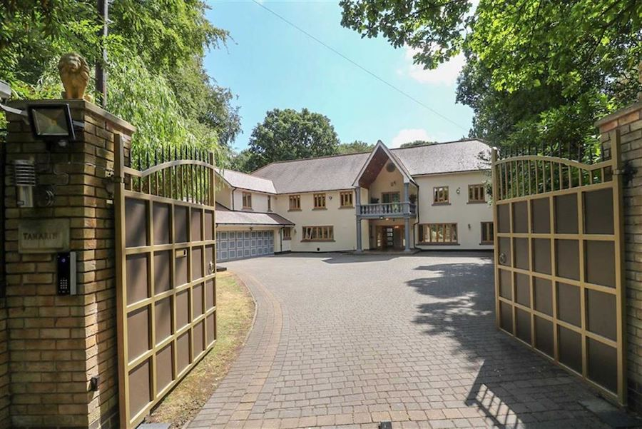 The-10-Most-Expensive-Homes-Being-Sold-in-The-West-Midlands-in-March-2019-roman-road