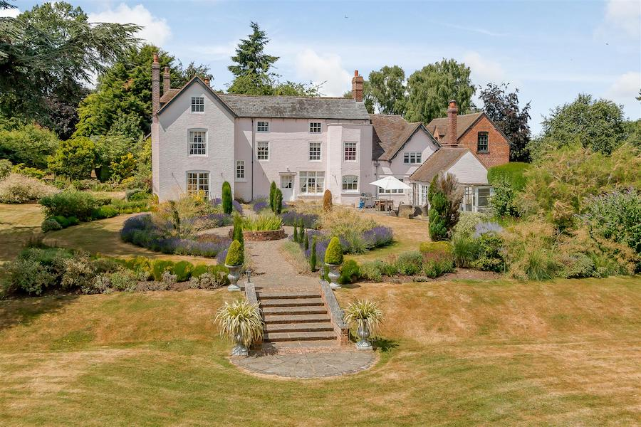 The-10-Most-Expensive-Homes-Being-Sold-in-The-West-Midlands-in-March-2019-sinton-green
