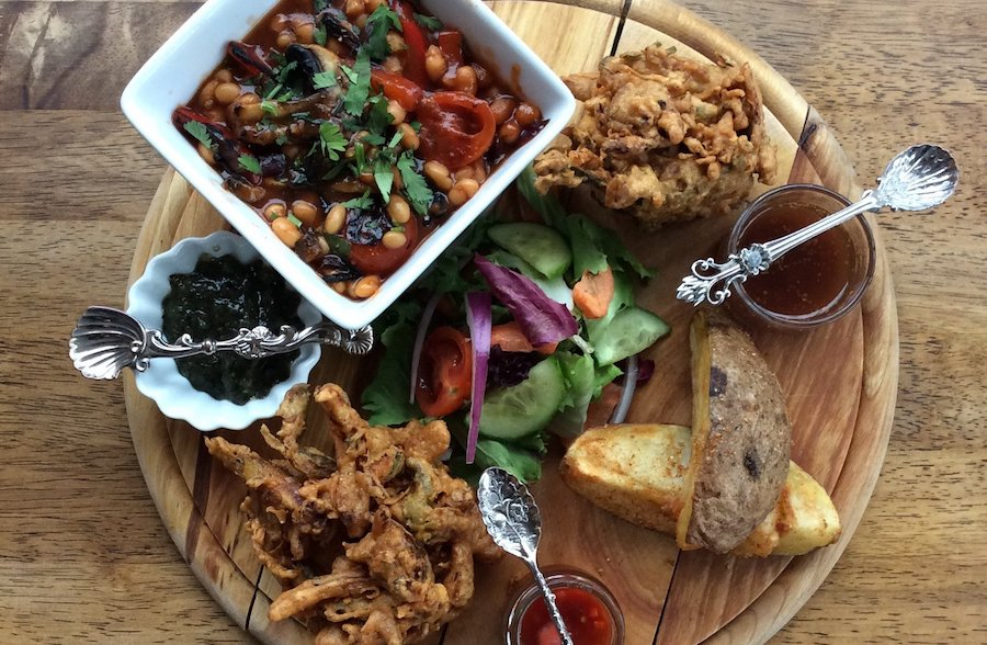 Top-10-Restaurants-to-eat-Vegan-in-Bristol-Pipal-Tree