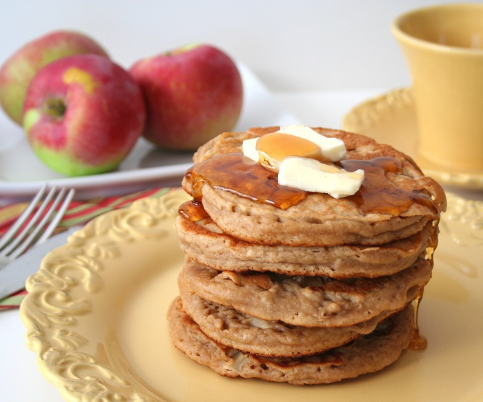 Whole-Wheat-Apple-Cider-Pancakes