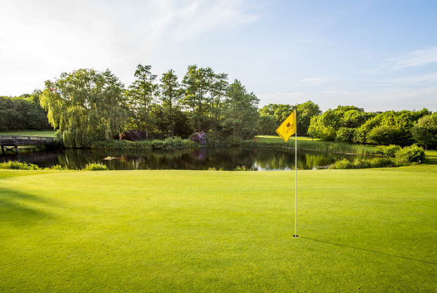 10-Best-Golf-Courses-in-Berkshire-2019-Mill