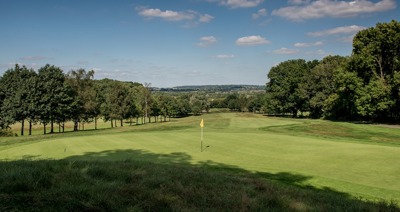 10-Best-Golf-Courses-in-Berkshire-2019-Newbury---crookham