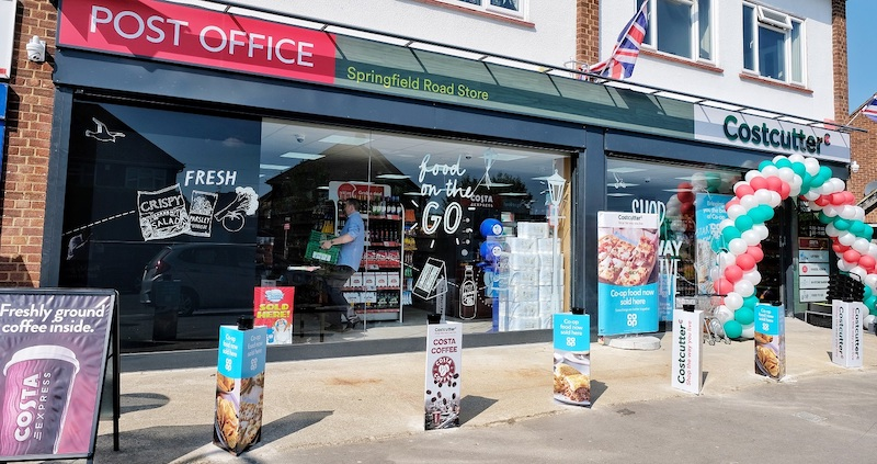 Costcutter-opens-in-Windsor-with-a-bakery-and-Costa-Coffee-machine-2