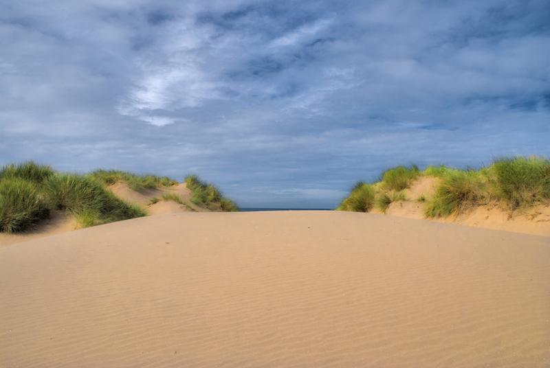 Formby_beach_-6390650751-