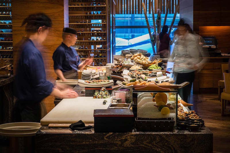 X-best-bottomless-brunch-locations-in-Canary-Wharf-and-Docklands-ROKA