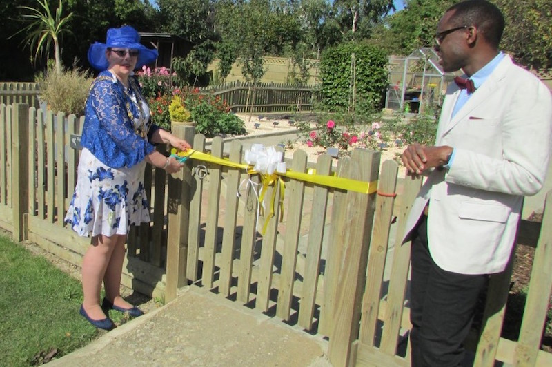 New-memorial-garden-unveiled-at-Pelham-House-immortalises-past-residents2