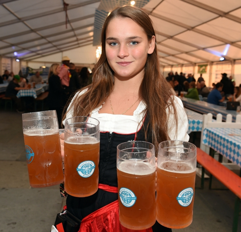 Best-places-to-celebrate-Oktoberfest-in-the-UK13