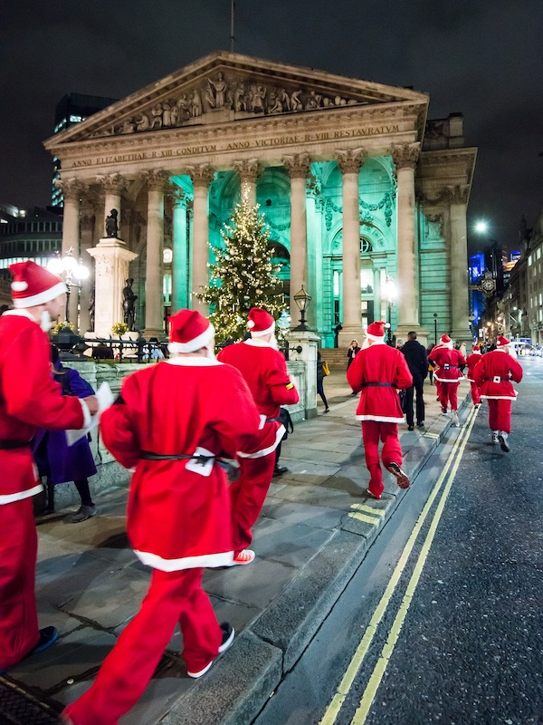 London-Santa-Dash-returns-to-raise-money-for-children-with-disabilities-2
