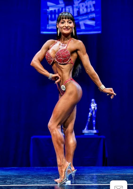 Bodybuilding-mum-to-compete-in-New-York-World-Finals2