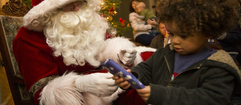 The-best-Christmas-Grottos-where-you-can-meet-Santa-in-London-1