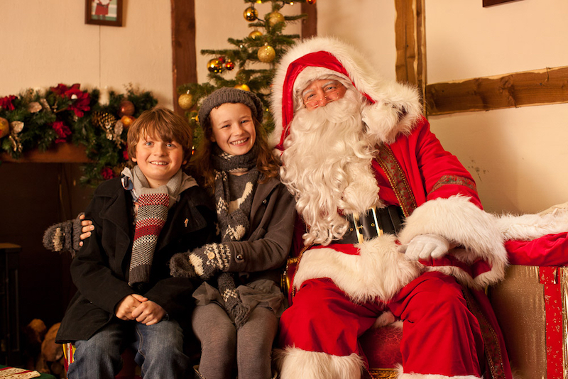 The-best-Christmas-Grottos-where-you-can-meet-Santa-in-London-4