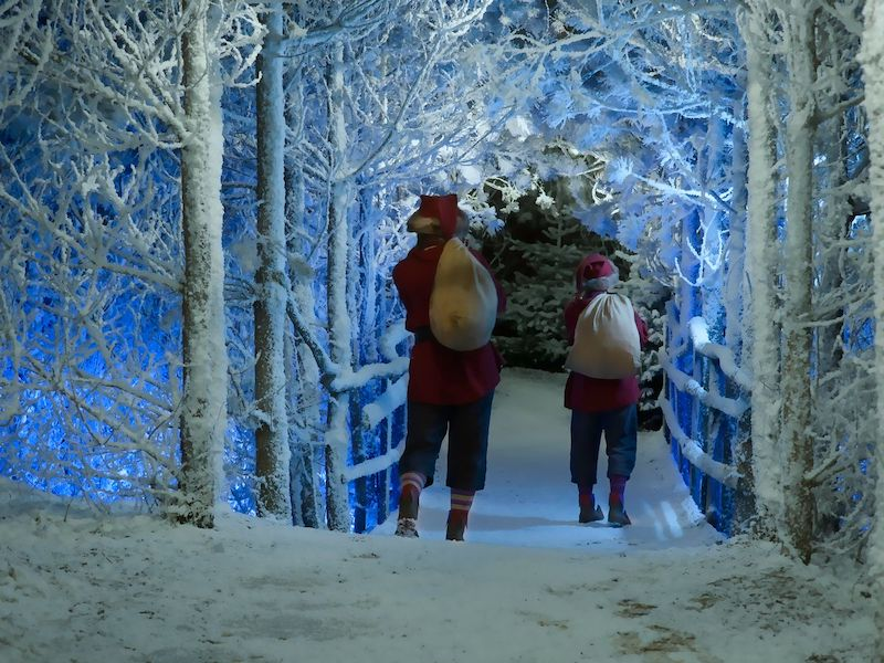 The-best-Christmas-Grottos-where-you-can-meet-Santa-in-the-South-10
