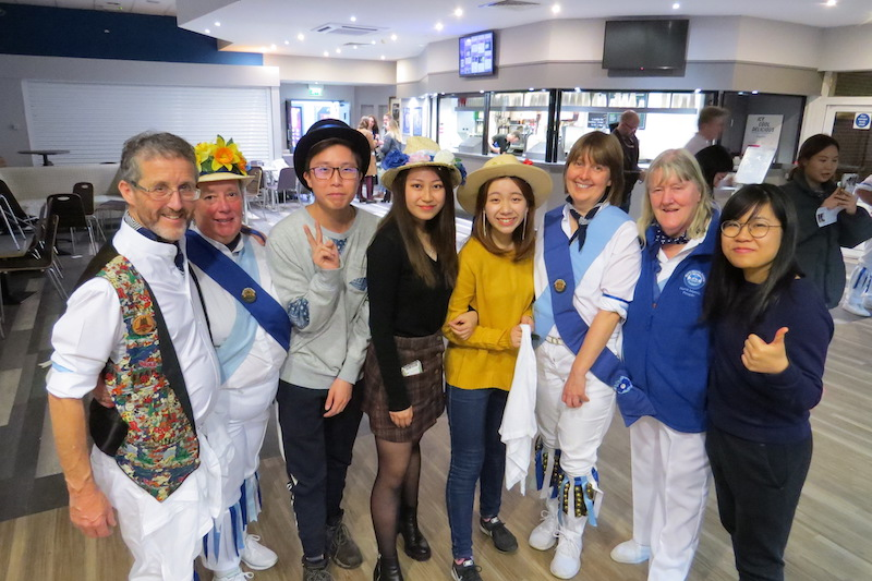 International-students-enjoy-morris-dancing-welcome-event-in-Reading-1