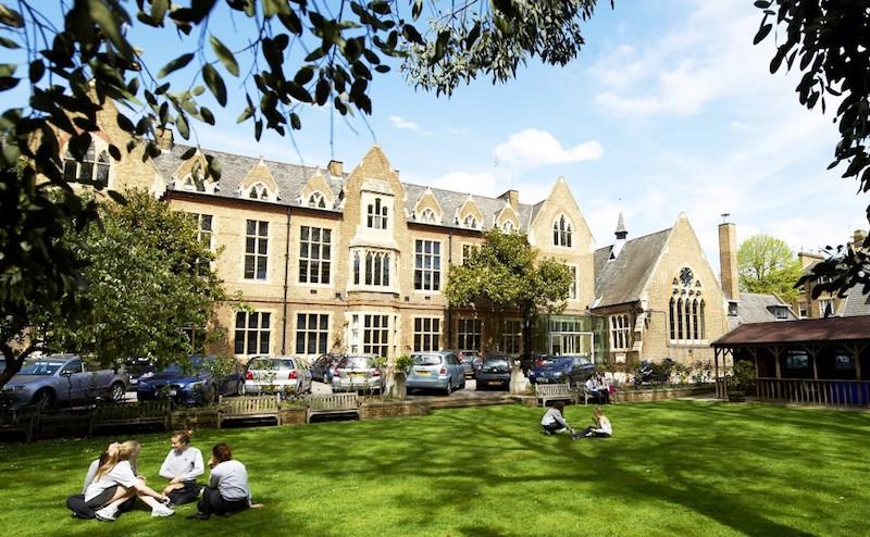 Top-10-UK-Independent-Schools-2019---Godolphin---Latymer-School