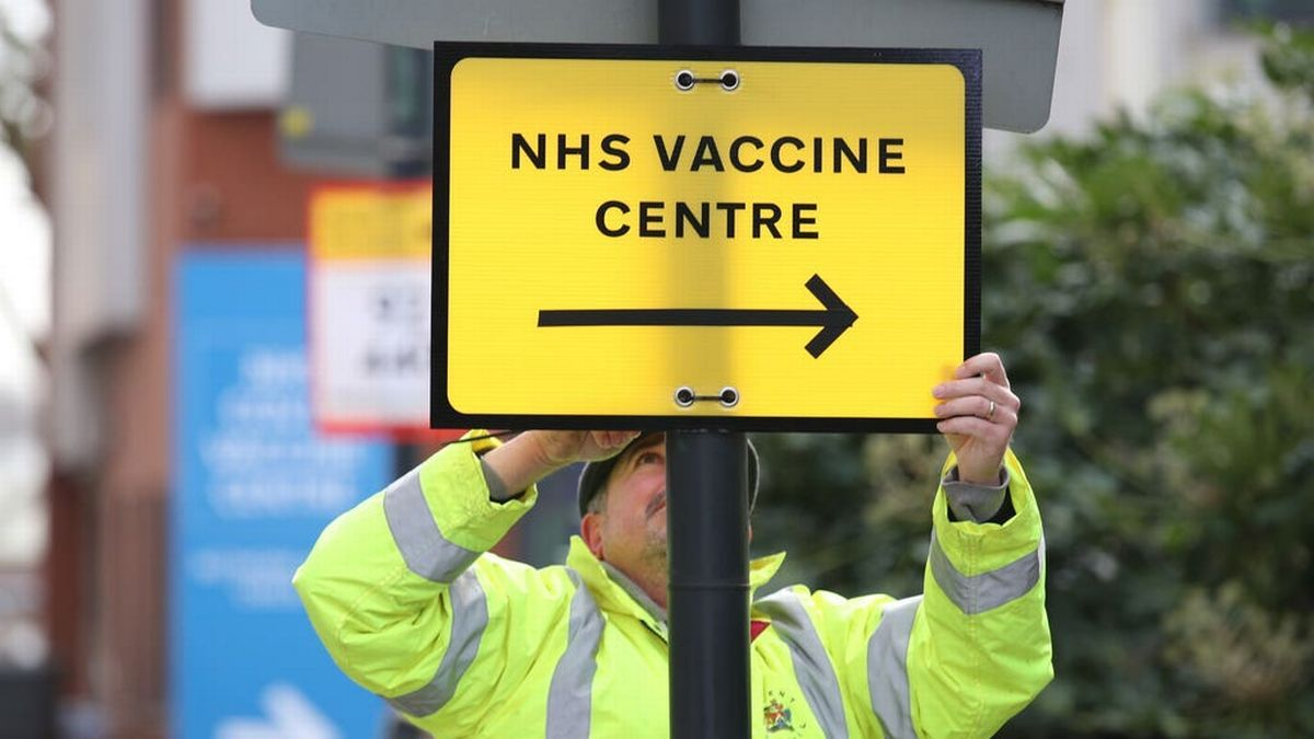 33 new Covid-19 mass vaccination centres open in England