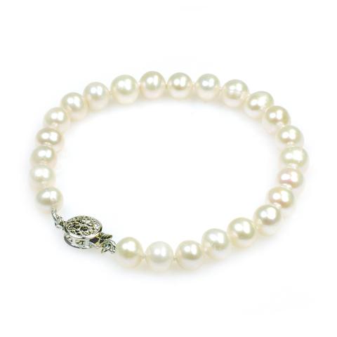 Katie pearl bracelet