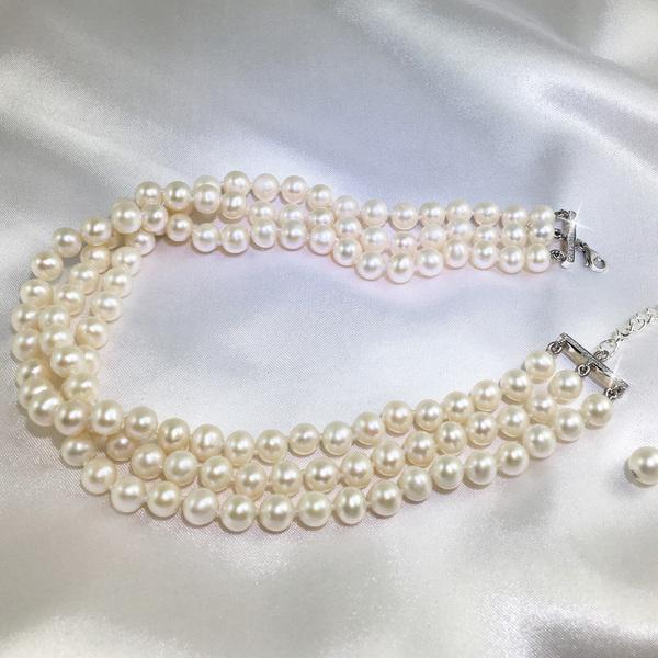 Monaco pearl necklace