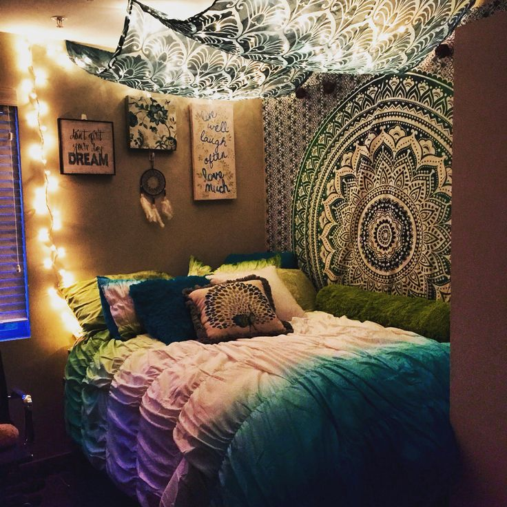 add-colour-to-your-student-room-with-tapestry