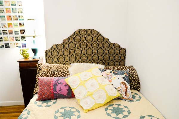 build-a-temporary-headboard-for-your-student-room